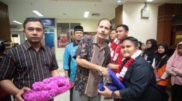 peraih-medali-di-ajang-fls2n-di-bandara-sultan-iskandar-muda-sim